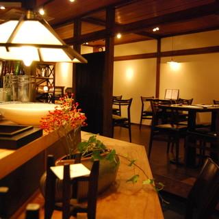 古きよき日本家屋を現代風にリノベーションした内観