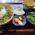 90496649 - 極上さば漬丼(定食)(つみれ汁・小鉢物・香の物,全景)