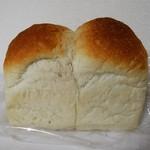 90499203 - 幻の食パン780円 税込