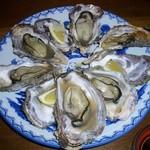 905507 - 炉辺から牡蠣を注文