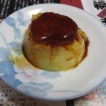 つくし - 人形町風鈴(プリン) ¥250、皿にあけるのにちと苦労