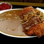なかみち食堂 - 料理写真:カツカレー750円。