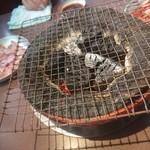 伊勢屋本店 - 炭火