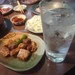 伊勢屋本店 - 芋焼酎とコロ焼き