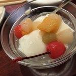 酒菜 刀削麺 - 杏仁豆腐