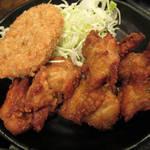 90506172 - 【ワンコインランチ】 唐揚定食 胸肉