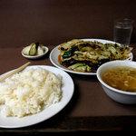 宝来 - 回鍋肉定食