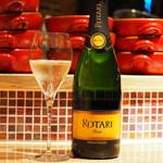 イタリアンバールエル - 2018年下半期のスパークリングワインは、世界中で愛されるイタリアのスプマンテ♪