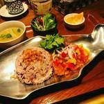 Asian Dining PUERTO - 激辛薬膳ミャンマーカレーセット