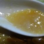 鐵 - スープは白い。しょっぱめです
