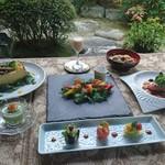 杉幸園 - 料理写真:8月のおまかせコースです。デザートプレート付 3500円は、ご予約にて承っております。