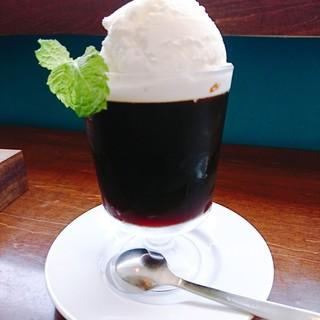 カフェ・ゾエ