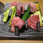 90519160 - 和牛厳選盛と初夏野菜