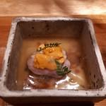 うさぎと亀 - 茄子餅葛餡かけ~滝川産合鴨とバフンウニをのせて~