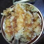角上魚類 - 料理写真:天丼627円