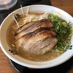 らーめん 斗道禄 - ラーメン赤(醤油)