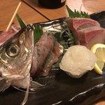 お肉とお魚 まつり - お造り盛り合わせ(アジ、丸烏賊、ハマチ)
