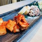 尾崎牛焼肉 銀座 ひむか - ナムル&キムチ盛り合わせ