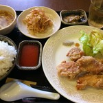 90523101 - H.30.6.25.昼 鶏のからあげ 豆板醤ソース添え 820円税込