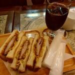 東亜珈琲館 本店 - カツサンドセットアイスコーヒー