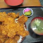 ニコニコ亭 - 料理