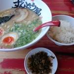 ラー麺 ずんどう屋 - 味玉とライス