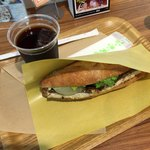 セ・トレボン - 鯖サンドとアイスコーヒー