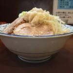 らーめん 陸 - 麺マシマシ、野菜少し多めの標高