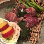 卓楽 - 松阪肉炭焼、伏見唐辛子
