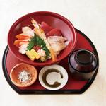 魚魯魚魯 お宝海鮮丼