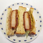 リトルマーメイド - ライ麦パンのカツサンド