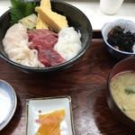 丸青食堂 - 三食あおもり丼