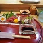 幸寿司 - 料理写真:お造り盛り合わせ & 冷酒