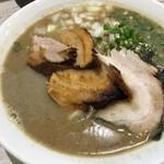 麺ガレージ 肉ヲ見ル -