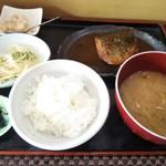 まるしん - さばの味噌煮膳
