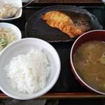 まるしん - 生キングサーモン西京焼き膳