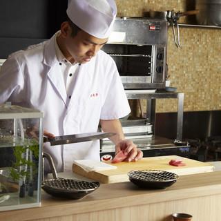 海外のお客様も楽しんで頂けるオープンキッチン