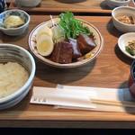 90566490 - 味玉入り豚の角煮定食