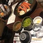 90569067 - 冷製茶碗蒸し、ベニズワイガニ、刺身盛り合わせ