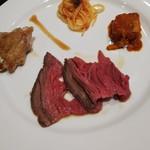 THE NEW YORK BAYSIDE KITCHEN - ローストビーフ、チキンステーキ、パスタ