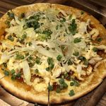 個室ワインバル ハングリーチキン - 照り焼きピザ