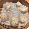 鼎泰豐 - 料理写真:鼎泰豐立川店(海鮮小籠包3種盛り)