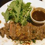 洋食 ツバキ亭 - 赤身のビーフステーキ 1790円
