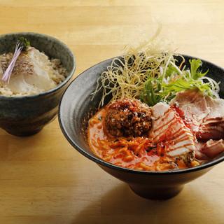 【ランチでお得♪】鯛担麺と鯛めしのセット!!