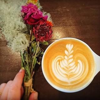 スペシャリティーコーヒーとラテアート