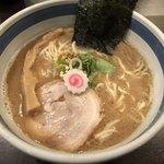 東京駅 斑鳩 - 豚骨魚介らー麺780円 麺大盛り120円