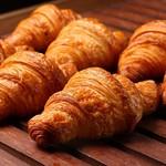 La BOULANGERIE d'a Cote - 料理写真:人気No.1のクロワッサン