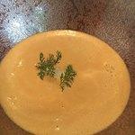 90592995 - スープがたっぷり