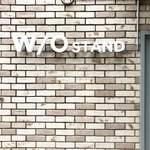 ウイズ アウト スタンド - 外観壁面ロゴ