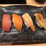 しゃぶ菜 - お寿司(まぐろ・サーモン・海老・穴子)